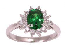 Design ring green gloss garnet with diamond