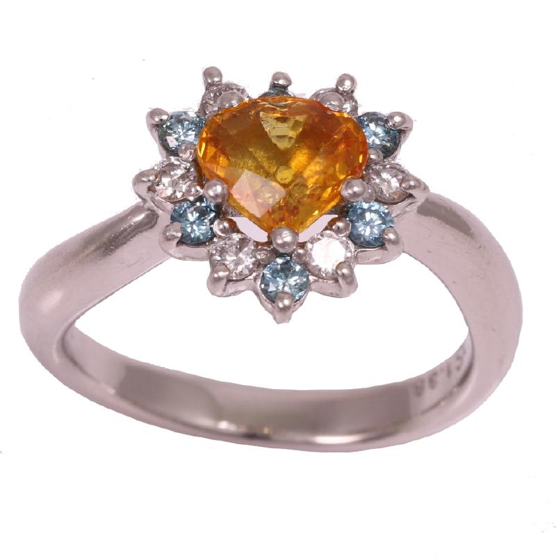 Design ring with golden sapphire diamond